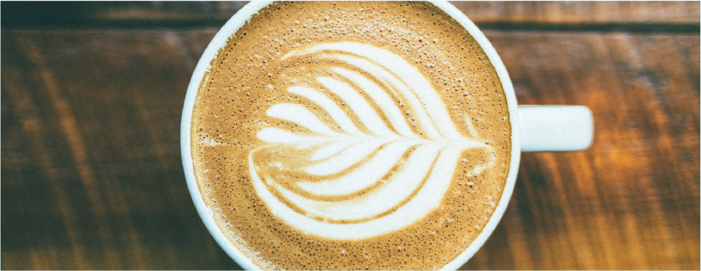 Mesmo em quantidade moderada, cafeína pode ser perigosa durante a gestação, afirma pesquisadora da UFMG