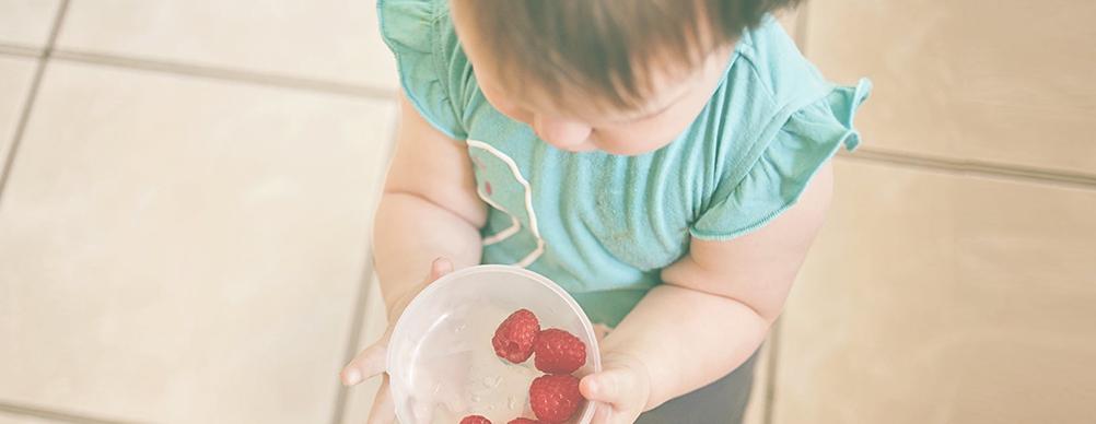 """O mito da """"sorte"""" do filho que come fruta"""