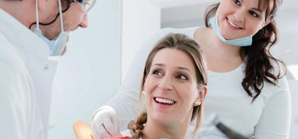 A saúde começa é mesmo pela boca: cuidados com os dentes durante a gestação